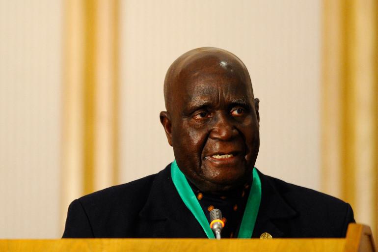 Kenneth Kaunda Biography / Kenneth Kaunda Dies At 97 - Zambian Sports ...